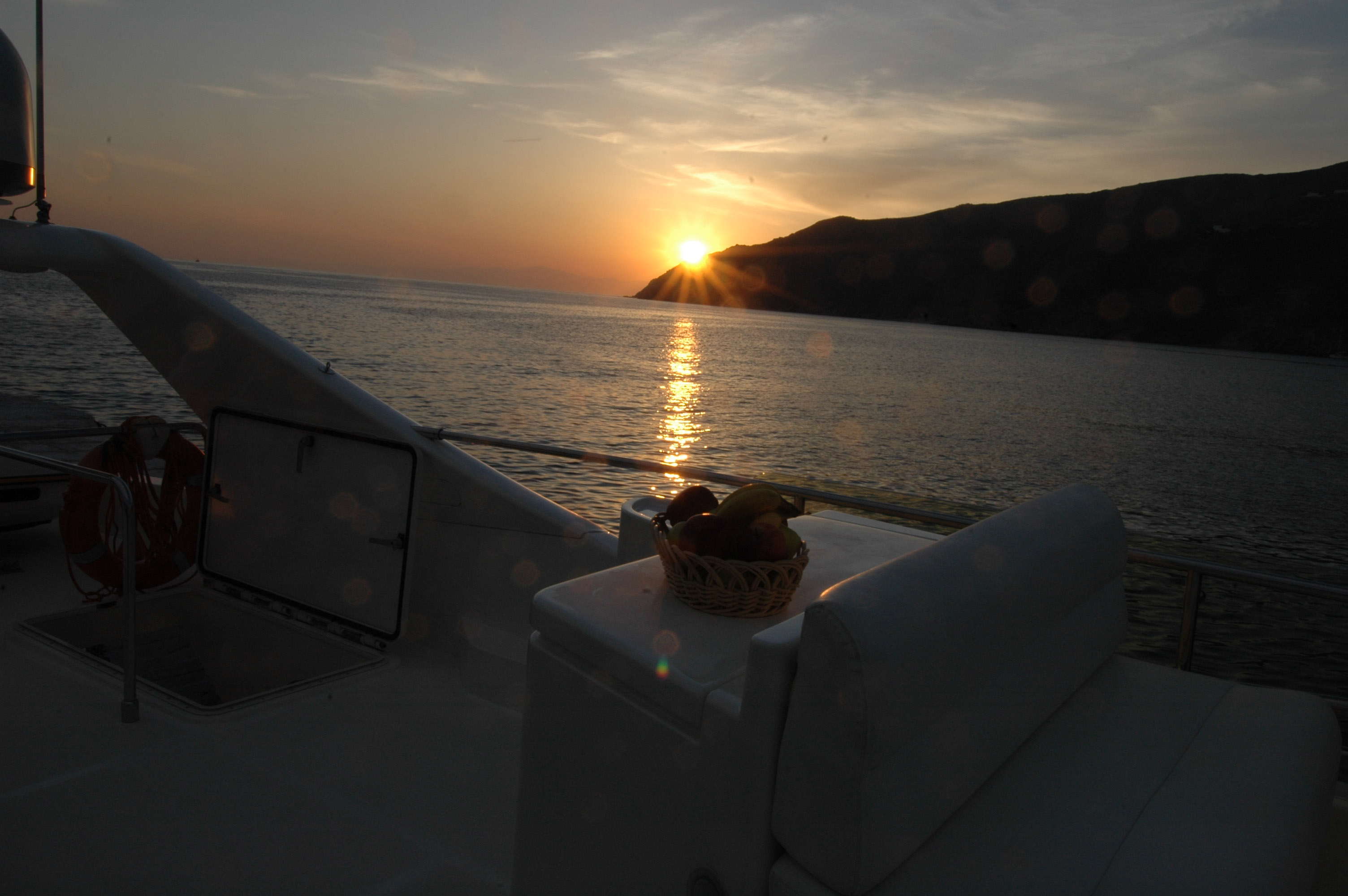 Sunset Tour with Luxury Yacht